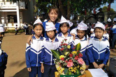 Hội thi cắm hoa trường Tiểu học Nguyễn Đức Cảnh